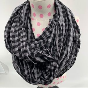 MAURICES BLACK AND GREY CHECKED INFINITY SCARF